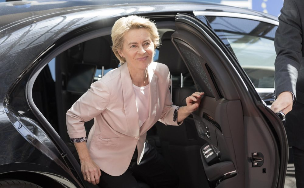 Ursula von der Leyen says her new cabinet of EU Commissioners will be half women 1