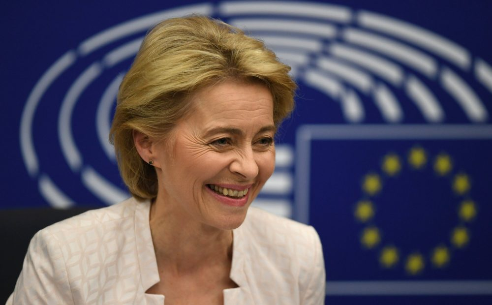 Ursula von der Leyen: Who is the first woman president of the EU commission? 2