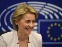Ursula von der Leyen: Who is the first woman president of the EU commission? 7