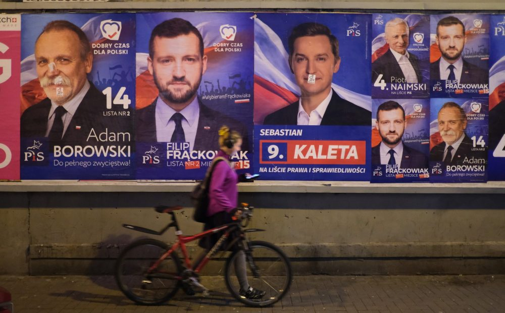 Poland election: Voters give verdict on four years of right-wing populists 1