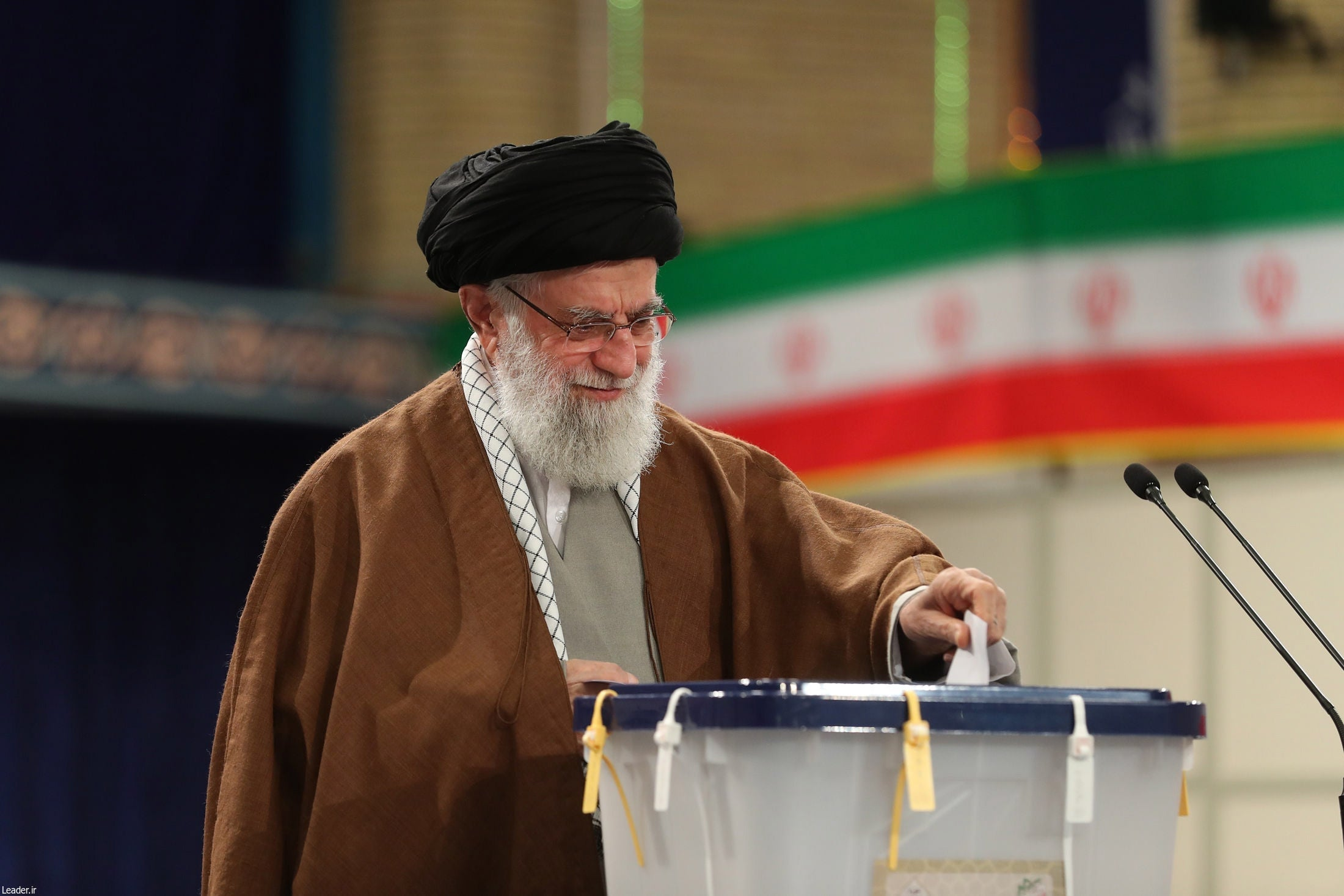Iran elections expected to end with hardline victory for nationalists and religious conservatives