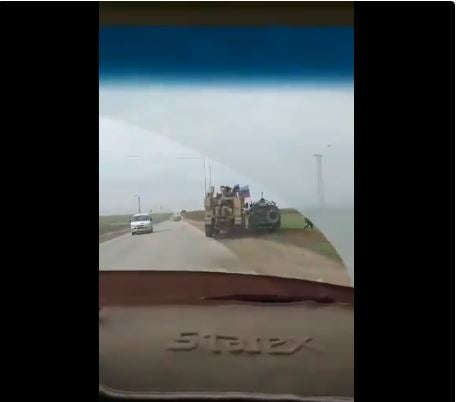 US military truck caught on camera ramming Russian jeep off the road in Syria